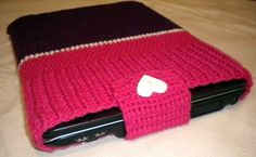 crocheted laptop sweater...maybe in the future I can do this? when I have time...Lol <3