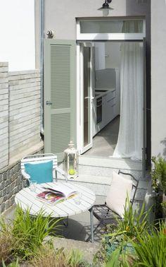 Outdoor white wooden sitting Balcony, Outdoor Decor, Design, Home Decor, Courtyards, Interior Design, Design Comics, Home Interior Design, Outdoor Balcony