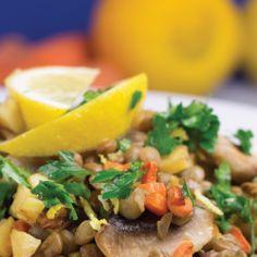 #Linte înăbușită cu legume pentru un #pranz delicios și consistent Allrecipes, Cantaloupe, Beef, Fruit, Cooking, Foodies, Diet, Salads, Meat
