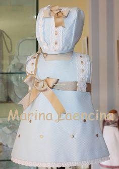 Marina Laencina: DAME LA MANO Y VAMOS A DARLE LA VUELTA AL MUNDO. Little Girl Outfits, Kids Outfits, Baby Girl Fashion, Kids Fashion, Baby Dress Design, Baby Blessing, Donia, Baby Fabric, 2000s Fashion