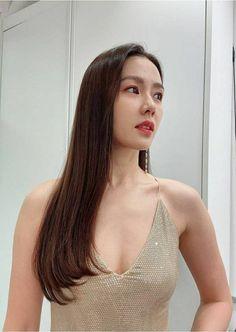 Pretty Korean Girls, Sexy Asian Girls, Korean Actresses, Actors & Actresses, Korean Beauty, Asian Beauty, Jin, Boho Hairstyles, Pretty Eyes