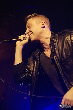 Macklemore & Ryan Lewis at Showbox at the Market - Seattle on - Music Tv, Good Music, Best Music Artists, Best Rapper Ever, Hey Good Lookin, Free Youtube, Concert Photography, Celebs, Celebrities