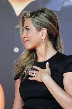 Jennifer Aniston Style, Jennifer Garner, Jennifer Aniston Pictures, Jennifer Lawrence, Beyonce, Rihanna, Jessica Biel, Christina Milian, Pippa Middleton
