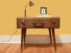 20 Design Ideas to Upcycle Old Suitcases to Modern Furniture and Artworks in Vintage Style #oldfurniture