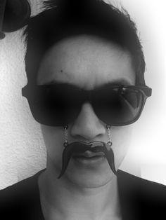 harry shum jr and the stache-glasses ;]