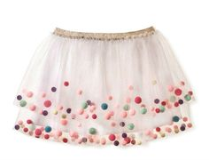 Thanks to Anne from I'd Rather Be Sewing, we have a nice tutorial on how to make a fun pom pom skirt. Our free Onstage Tutu skirt is used as the starting point. Diy Tulle Skirt, Girls Tulle Skirt, Pom Pom Skirts, Pom Poms, Little Girl Dresses, Girls Dresses, Girls Clothing Brands, Spanish Baby Clothes, Short Niña