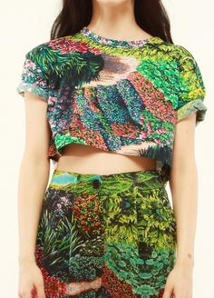 what a print...on cropped, cuffed tee and pleated skirt.