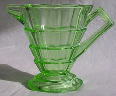 Depression glass green creamer for tea Antique Oil Lamps, Antique Glassware, Fenton Glass, Glass Vase, Green Milk Glass, Vaseline Glass, Through The Looking Glass, Vintage Dishes, Carnival Glass