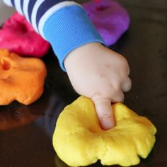 A new recipe for Edible Gluten-Free Playdough - that's no cook! Safe for babies and toddlers and ready in less than 3 minutes!