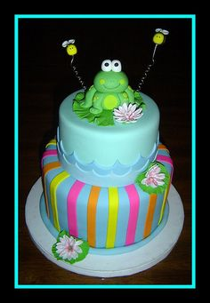 Frog Birthday Cake =) want to make this for my daughters first bday Frog Birthday Party, 1st Birthday Cakes, Pretty Cakes, Cute Cakes, Fondant Cakes, Cupcake Cakes, Frog Cakes, Birthday Cake Decorating, Girl Cakes
