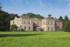 Historic Georgian Mansion for sale in Suffolk Georgian Style Homes, Georgian Mansion, Discount Bedroom Furniture, Bedroom Arrangement, Architecture Visualization, Mansions For Sale, Europe, Country Estate, Detached House