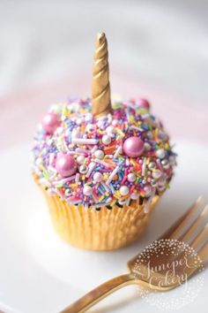 Super Easy Unicorn Sprinkle Cupcake! We had a few requests for an easy and super quick to make unicorn cupcake tutorial. Well, here it is. As unicorn cupcakes go you really cannot get any easier or quicker than this fun little thing. Check out our tutorial on how to re-create this below!