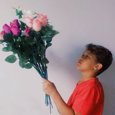 Paguei 1 real pra ele tirar essa foto 💐😝 siga no instagram @ leilianecris . . . . . . #photography #photos #likeandfollow #menino #boy #curteai #likelike #instaglobal #instagram #instapic #pics #fotoamadora #fotos #foto #fotografia #fotografando #sdv #like4like #boatarde #goodmorning #goodafternoon #explore #eua #my