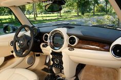 Mini Cooper S inspired by Goodwood/Rolls-Royce