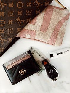 Pin on Beautiful Bags! Pin on Beautiful Bags! Luxury Purses, Luxury Bags, Cute Car Accessories, Fashion Accessories, Louis Vuitton Handbags, Purses And Handbags, Inside My Bag, Sacs Design, Designer Wallets