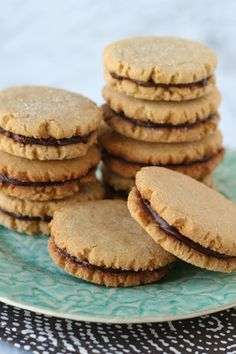 Peanut Butter Cookies with Chocolate Filling from @glorioustreats