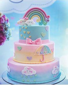"""861 curtidas, 11 comentários - Fazendo a Nossa Festa (@fazendoanossafestaoficial) no Instagram: """"Este bolo no tema Chuva de Amor ficou encantador! Credito: @neo.ped #Festainfantil…"""""""