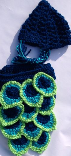 Free diaper cover pattern. Crochet. Sew Accessible. Newborn photo prop.