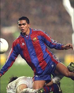 """Giovanni"" Giovanni Silva de Oliveira (FC Barcelona, 1996–1999, 68 apps, 18 goals)"
