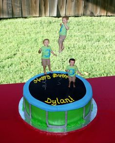 What a cute cake! Trampoline Birthday Cake for the lil jumper in your life :) Trampoline Cake, Trampoline Birthday Party, Backyard Birthday, 6th Birthday Parties, 10th Birthday, Birthday Cake, Birthday Ideas, Cute Cakes, Fancy Cakes