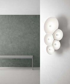 Combo Design is officieel dealer van Luceplan ✓ Bulbullia wandlamp makkelijk te bestellen ✓ Gratis verzending (NL) ✓Altijd scherpste prijs✓ Wall Lights, Ceiling Lights, Flat Shapes, Geometric Form, Soap Bubbles, Led, Home Decor, Silhouette, Nature