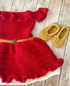 Your little princess will look adorable in this Elena of Avalor inspired outfit! Set includes dress and shoes. This set would also make a great photography prop or baby shower gift. Color: Red, Gold and Ecru Material: 100% Acrylic Yarn  Sizes: Newborn 0-3 Months 3-6 Months 6-12 Months 12-18 Months All my items are made in a smoke and pet free home.  Care instructions: Hand wash in cold water & lay flat to dry  PLEASE SEE MY SHOP ANNOUNCEMENT FOR CURRENT TURNAROUND TIME  Boutique items…