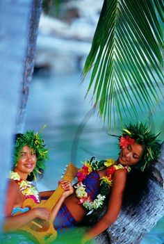 or go all green head piece with colorful lei?
