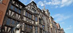 Dans la Grand'Rue à Saverne, la Maison Katz, un bijou d'architecture à colombages. ©Photos R.A.N. Alsace, Rue, Facade, Multi Story Building, Architecture, Photos, Wall Stud, Home, Arquitetura