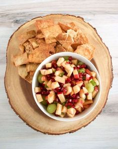 Apple Salsa is a fun and versatile way to eat more apples. Kids and adults love this recipe with cinnamon pita chips or over plain Greek yogurt. Make this Apple Salsa recipe for your next summer breakfast, snack or lunch! Pomegranate Recipes, Grape Recipes, Fruit Recipes, Apple Recipes, New Recipes, Vegetarian Recipes, Healthy Recipes, Party Recipes, Healthy Appetizers