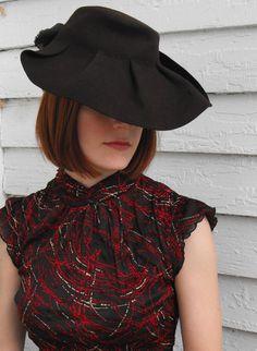 Vintage 40s Brown Tilt Hat