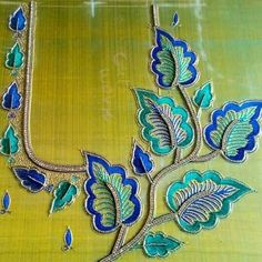 55 Latest Maggam Work Blouse Designs that will inspire you - Wedandbeyond Hand Work Blouse Design, Designer Blouse Patterns, Dress Neck Designs, Fancy Blouse Designs, Bridal Blouse Designs, Embroidery Neck Designs, Embroidery Suits Design, Hand Work Embroidery, Aari Embroidery