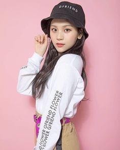 Check out GFriend @ Iomoio Kpop Girl Groups, Korean Girl Groups, Kpop Girls, Extended Play, Kim Ye Won, Gfriend Sowon, G Friend, Sabrina Carpenter, South Korean Girls
