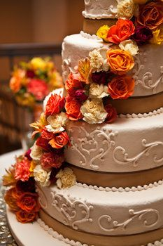Wedding, Flowers, Cake, Red, Orange, Fall, Colors, Kd loftis photography Fall Wedding Cakes, Fall Wedding Flowers, Orange Wedding, Autumn Wedding, Our Wedding, Dream Wedding, Wedding Ideas, Autumn Bride, Wedding Colours