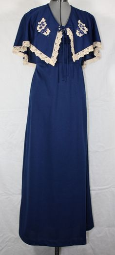 Vintage Maxi Dress Navy Blue with White by ilovevintagestuff