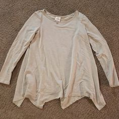 Tan Flowy Long Sleev This is a trapeze top that is tan and flows great when you walk! Knox Rose Tops Tunics