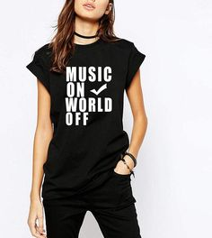 Music On World Off / Urban / Teen Style / Unisex - Women Size / T-shirt / Top / Tee / UB37