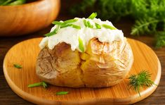 Baked Potato, Easy Meals, Potatoes, Baking, Ethnic Recipes, Simple, Food, Bread Making, Meal
