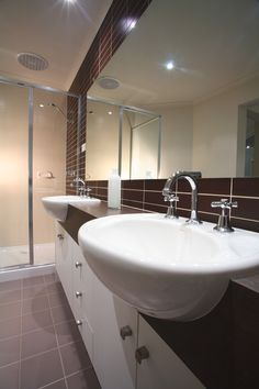 Bathroom - double vanity ensuite from the Arizona home design.  http://www.hotondo.com.au/home-design-arizona374_107.aspx