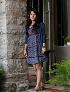 """Vanessa Hudgens as Lindy Taylor, daughter of a drug-addicted father who's being stalked by homicidal drug dealers in """"Beastley"""" (2011)"""
