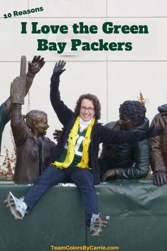 WHY am I such a fanatic when it comes to all things Packers? Here are 10 really good reasons that I continue to support my team! Sports Fanatics, Professional Football, Everyone Knows, Green Bay Packers, Bucket, Spirit, My Love, Green Packers, Buckets
