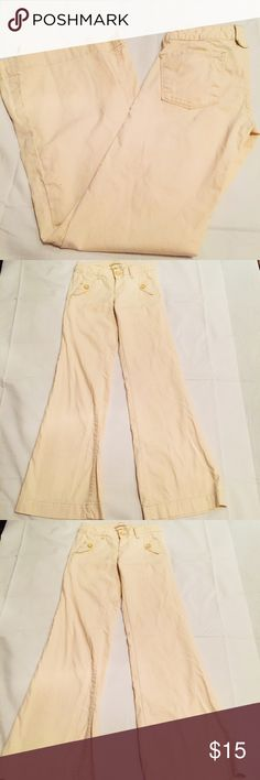 """gap 1969 beige 24/0 stretch denim organic cotton gap 1969 beige 24/0 stretch denim fitted wide leg pants organic cotton low rise Inseam 32"""" GAP Jeans Flare & Wide Leg"""
