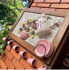 Mosaic Tray, Mosaic Tile Art, Mosaic Crafts, Mosaic Projects, Mosaic Glass, Projects To Try, Stained Glass Patterns, Mosaic Patterns, Garden Crafts