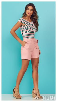 LOOK BOOK 9 • Coleção Cosmopolitan • Cora Canela Modern Outfits, Short Outfits, Stylish Outfits, Cosmopolitan, Casual Chic, Hey Girl, Beautiful Outfits, Ideias Fashion, Casual Shorts