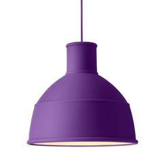 Industrial style to the kitchen, with a colourful twist. Folded rubber muuto-lamp.