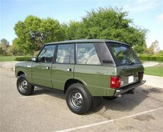 Old Style: Back-Dated 1990 Range Rover