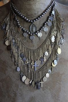 Hey, I found this really awesome Etsy listing at https://www.etsy.com/listing/168297895/sale-100-dollars-off-5-strand-gold