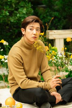 201022 Dispatch Naver website update with #CHANYEOL #EXO #엑소 #찬열