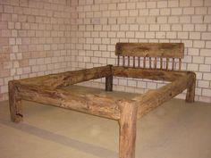 Bett aus treibholz  Bett aus alten Eichebalken, historisches Fachwerk | Fachwerkbau ...