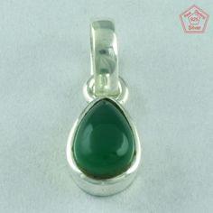 Lavishing Design 925 Sterling Silver Green Onyx Pendant Jewelleries P2666 #SilvexImagesIndiaPvtLtd #Pendant