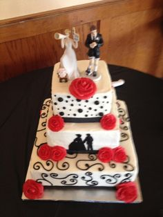 Catherine and Derek's soccer wedding cake Soccer Wedding, Dream Wedding, Wedding Stuff, Wedding Cakes, Wedding Inspiration, Desserts, Unique, Period, Food
